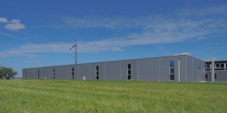 IndustriegebäudeLabortische